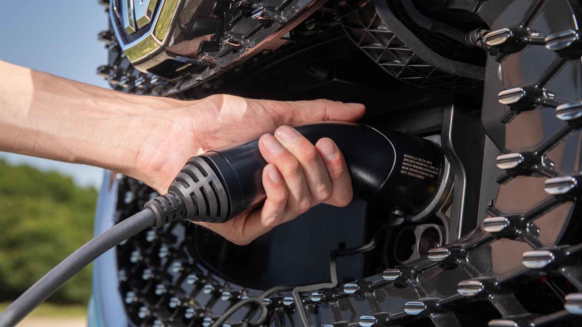 MG ZS EV charging