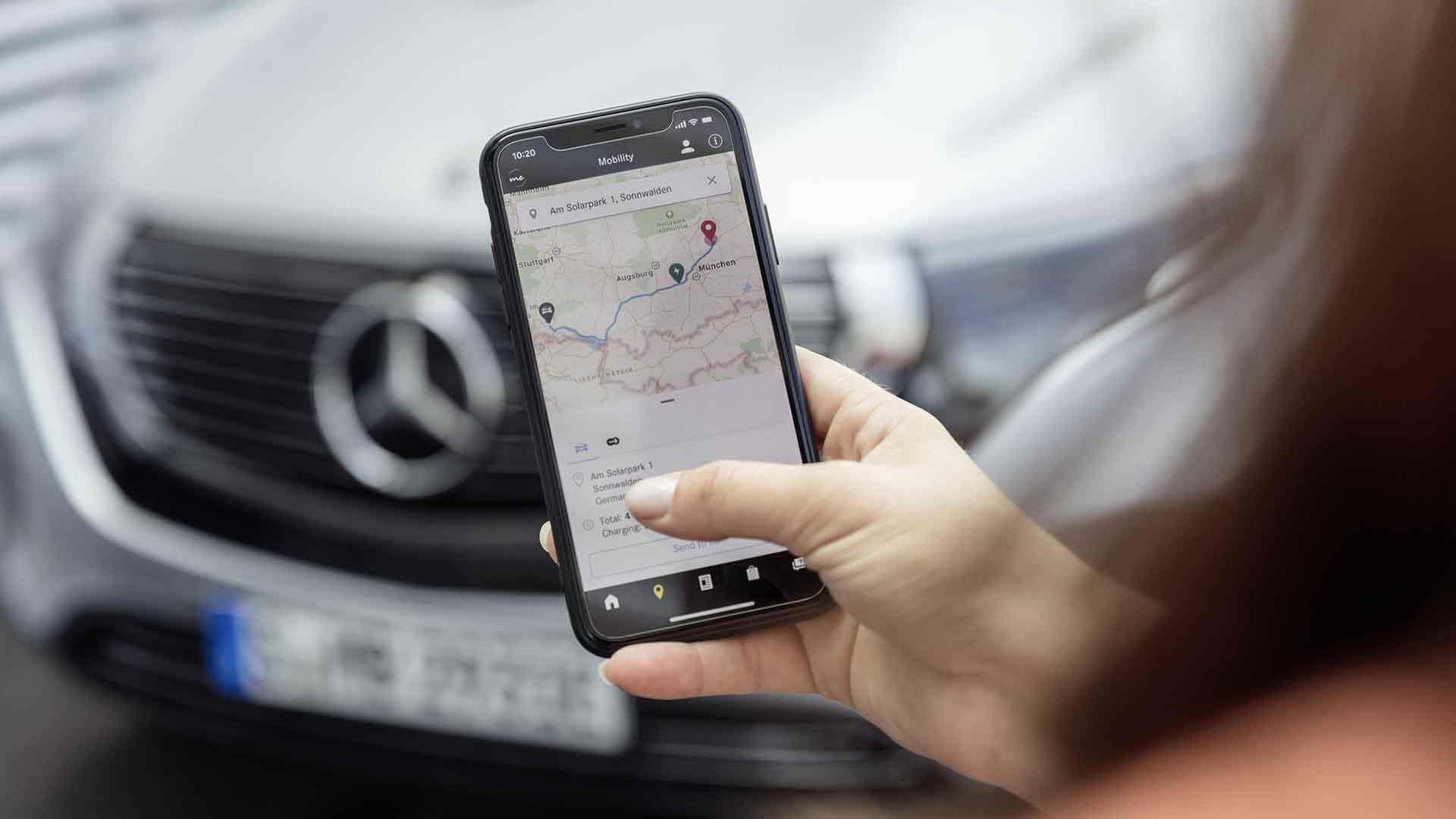 Mercedes-Benz smartphone app