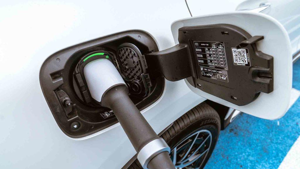 Mercedes-Benz EQC charging port