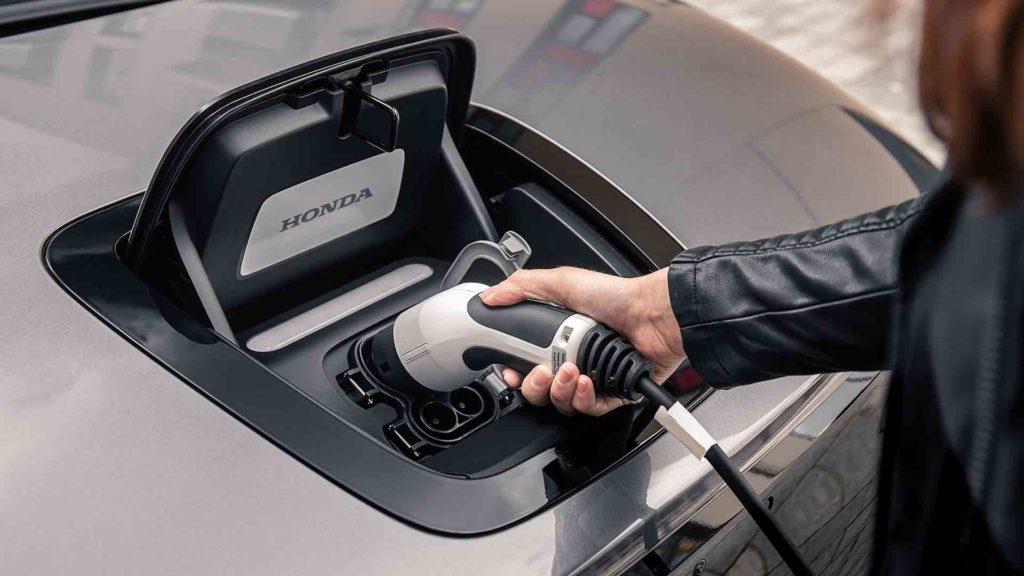 Honda e 2020 charging socket