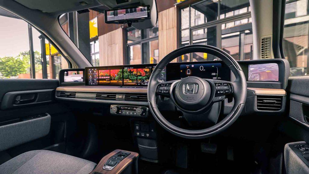 Honda e 2020 dashboard
